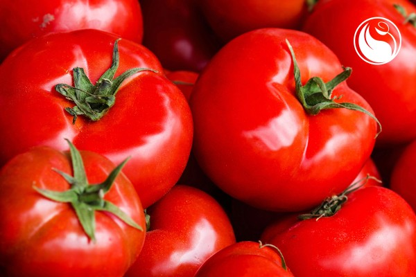 glowing_skin_tomatoes